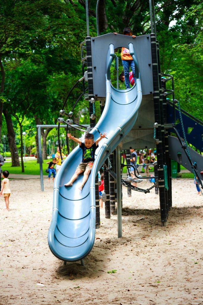 Glijbaan voor kinderen meer beweging